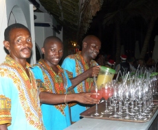 Our friendly waiters keep drinks flowing